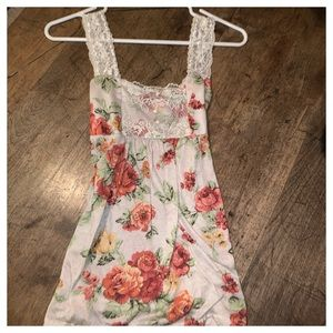 Lacey summer top